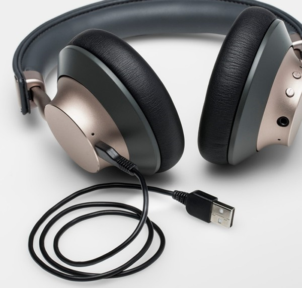Charging cable connected to Heyday Wireless Headphones.