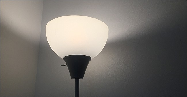 Testing a Philips Hue bulb in a lamp.