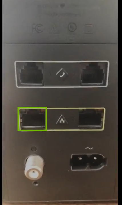 XB6 Gateway with Ethernet port one highlighted.