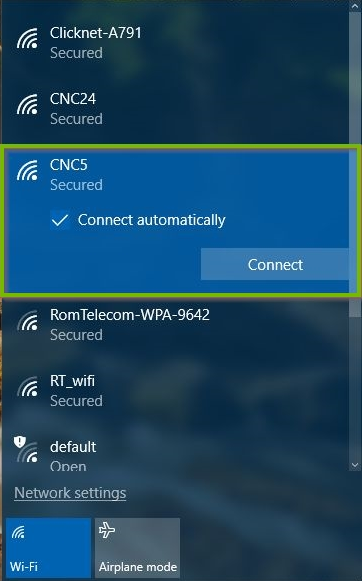 Windows 10 list of available wireless networks highlighting a selected network.