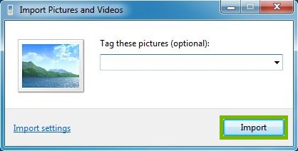 Import pictures and videos with Import highlighted