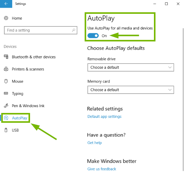 AutoPlay option and toggle switch highlighted in Windows 10 settings.
