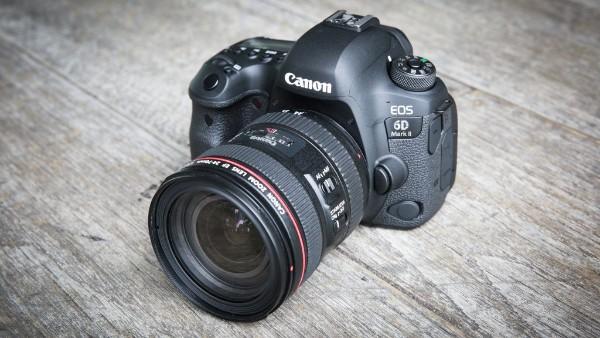 Canon ES 6D