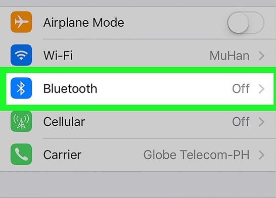 Settings screen with Bluetooth selected. Screenshot.