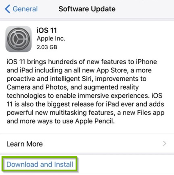 iOS Software update menu displaying an available update, highlighting download and install.