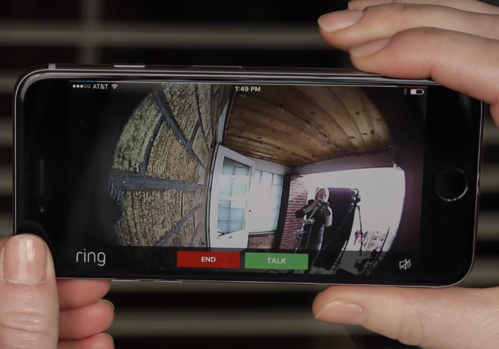 picture of phone showing doorbell camera outside