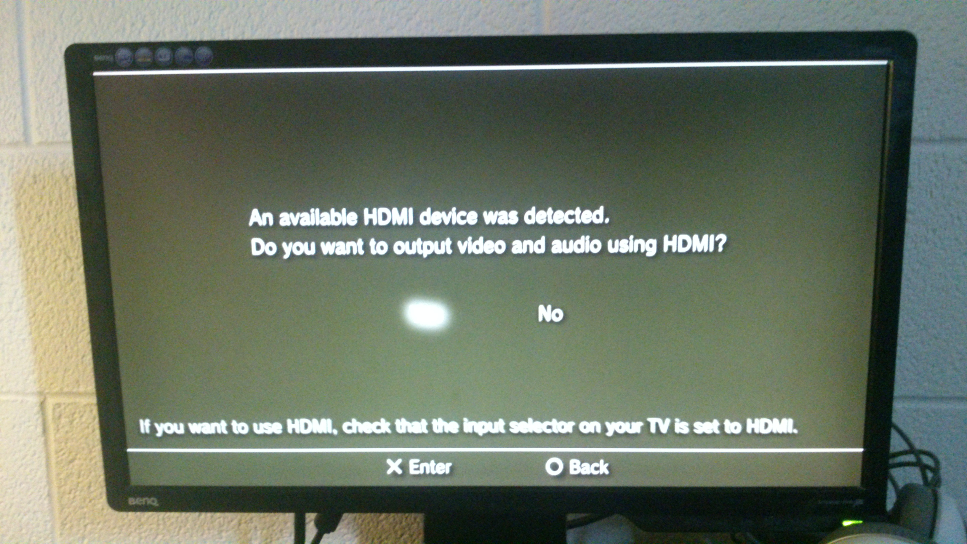 HDMI device detected screen with Yes selected.
