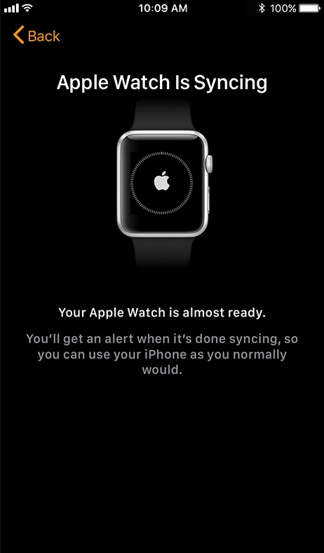 Apple watch app beginning synchronization screen.