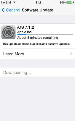 iOS software update screen processing an update.