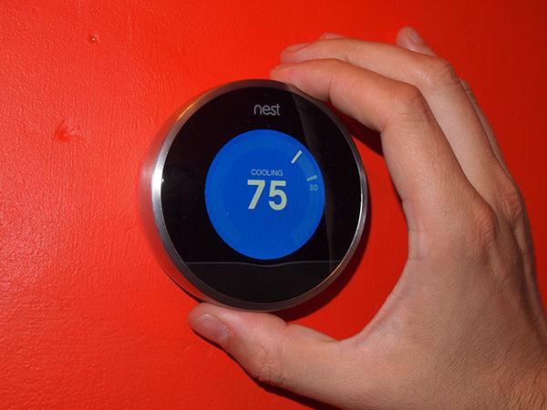 A Nest Thermostat