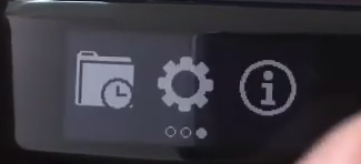 Garmin Vivosmart displaying the settings icon.